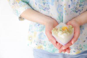 牛乳パックで作る花キャンドル